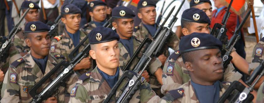 """Le """"service militaire adapté"""" : une nouvelle chance"""