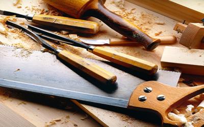 La menuiserie solidaire : quand l'artisanat devient facteur d'insertion sociale
